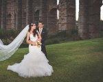 Pareja de recién casados ante el Acueducto de Los Milagros. David Llano