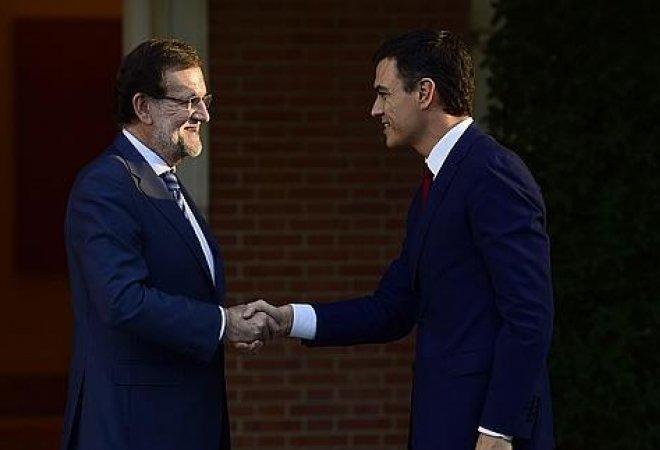 Mariano Rajoy y Pedro Sanchez, durante su encuentro en la Moncloa el pasado diciembre.