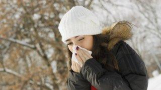 Todos sufrimos dolor de garganta de vez en cuando.