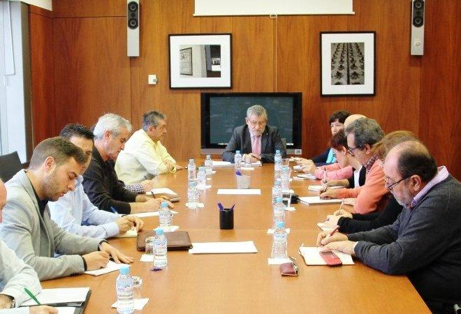 Fotografía de la reunión de esta mañana de la Consejería de Educación.