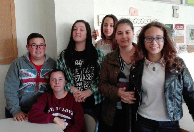 Grupo de compañeros Young Journalist.