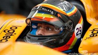 Alonso durante su test para las 500 Millas de Indianápolis