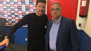 El Cholo Simeone con Roberto Gómez