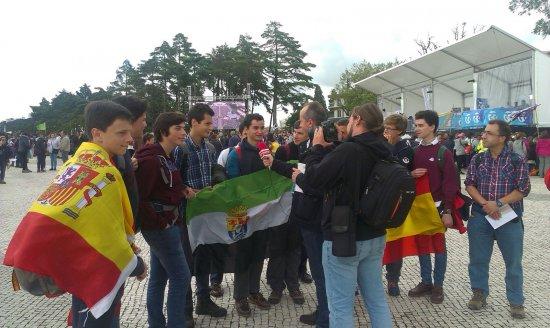 Alumnos de El Tomillar en Fátima con el Papa