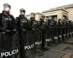 Policias nacionales de servicio