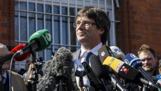 Carles Puigdemont, expresident de la Generalitat de Catalunya, tras salir libre de la prisión de Neumünster. (GettyImages)