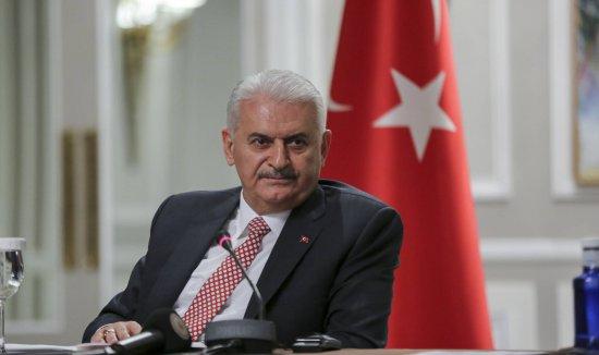 El primer ministro turco: ?En lugar de criticarnos, la UE debería darnos las gracias?