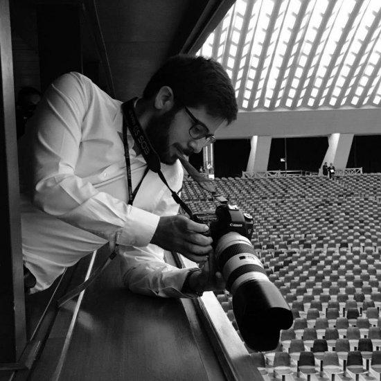 'En la comunicación siempre hay historias que contar y a través de mi fotografía ayudo a la gente a ver'