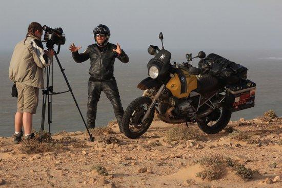 'Voy a recorrer algunas de las carreteras más extremas del mundo'