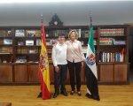 Cristina Herrera y Javier en la Delegación del Gobierno. Javier Píriz
