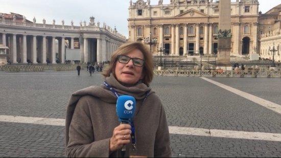 'Subirte en el avión en el que viaja el papa Francisco es sinónimo de emprender una aventura'