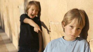 Como se sienten los niños acosados en ambientes escolares.