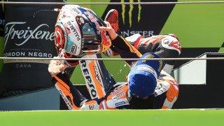 Caída de Márquez sin moto